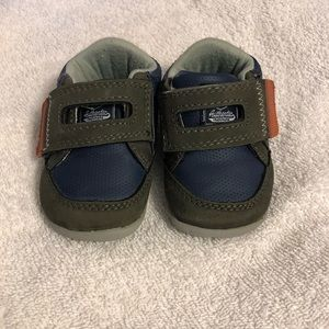 Carter's Shoes - Boys Shoes - Carter's Size 3